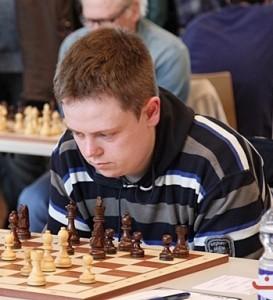 Fabian Englert mit Schwarz gegen GM Martinovic